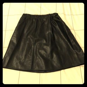 Slate and Willow black faux leather skirt